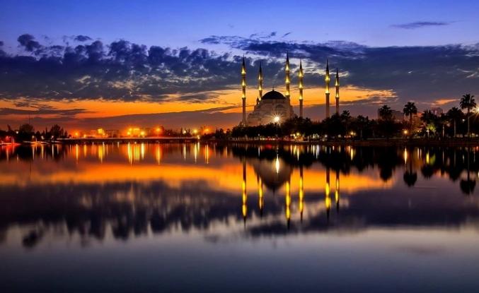 Mor şafakların tebessümü yahut şehrengizler güzeli: Adana